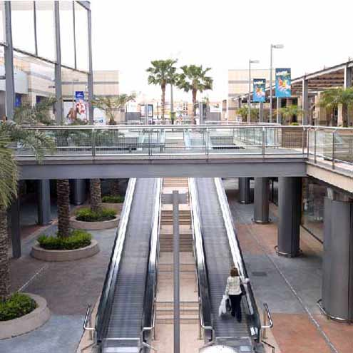 Alapont escalators in a shopping centre